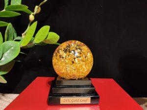 quả cầu pha lê vàng lá